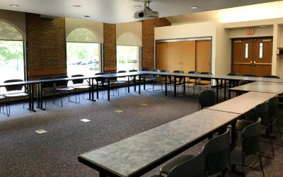 View inside meeting room at Old Worthington Library