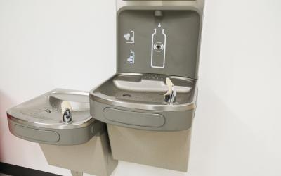 Drinking fountains with water bottle filler